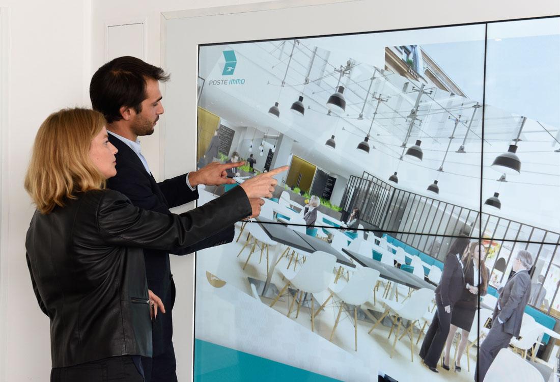 BLIWE - un espace de travail sous forme de grands ecrans tactiles