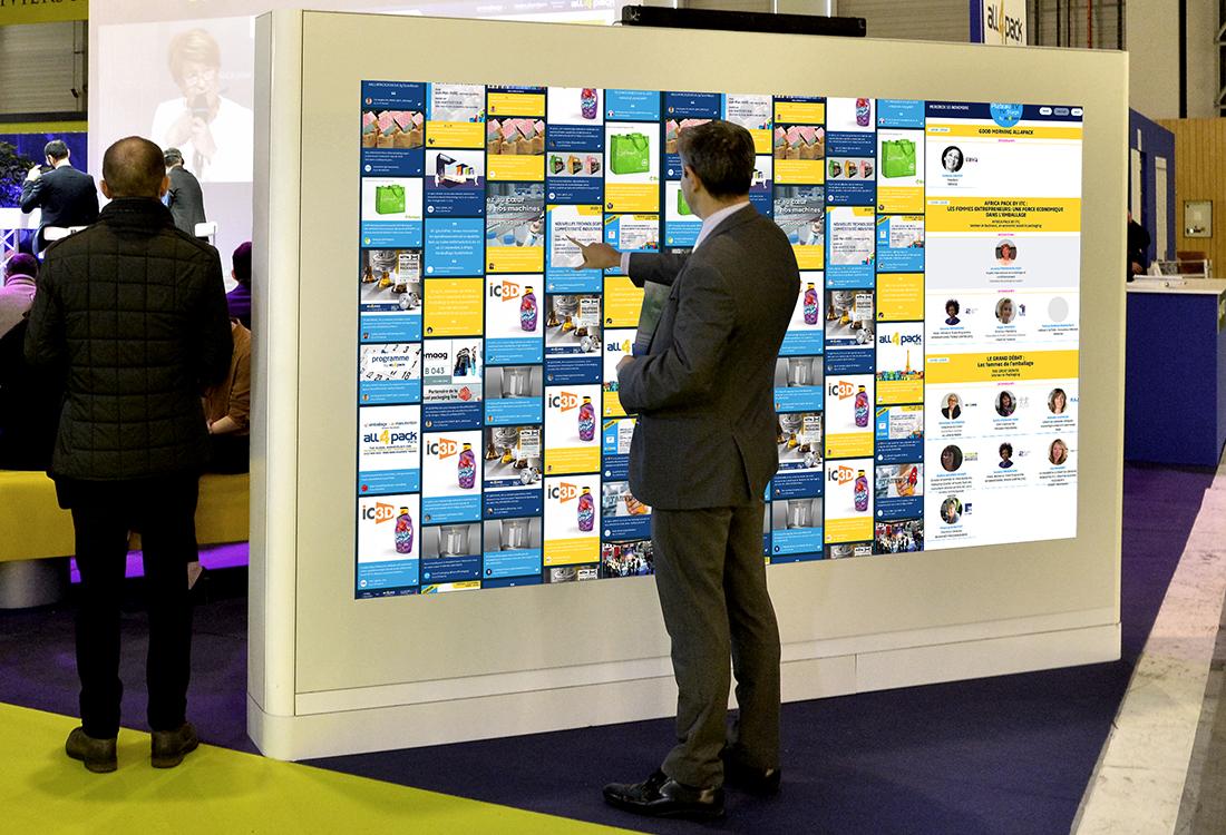 Nos tres grands ecran tactile permettent a votre evenement de rayonner au dela de son lieu physique